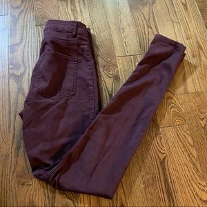 H&M divided high waisted burgundy jeans in size 4